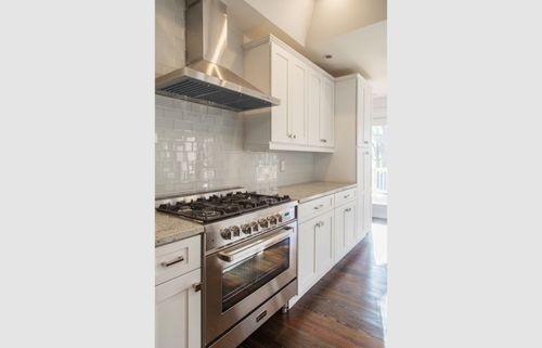 Kitchen remodel Oven white tiles